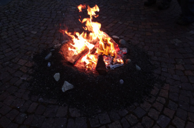 Osterfeuer<div class='url' style='display:none;'>/kg/trimbach/</div><div class='dom' style='display:none;'>ref-olten.ch/</div><div class='aid' style='display:none;'>98</div><div class='bid' style='display:none;'>2532</div><div class='usr' style='display:none;'>7</div>
